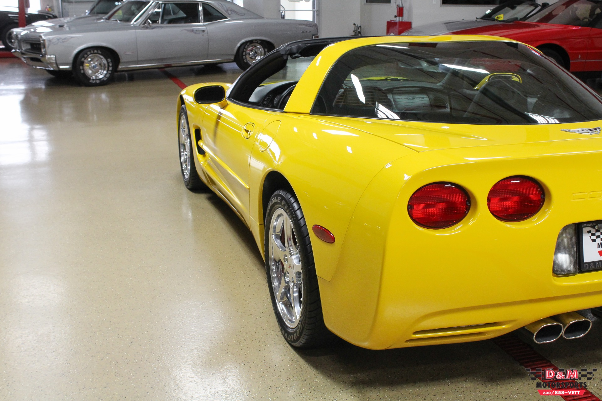 Used 2003 Chevrolet Corvette Coupe | Glen Ellyn, IL