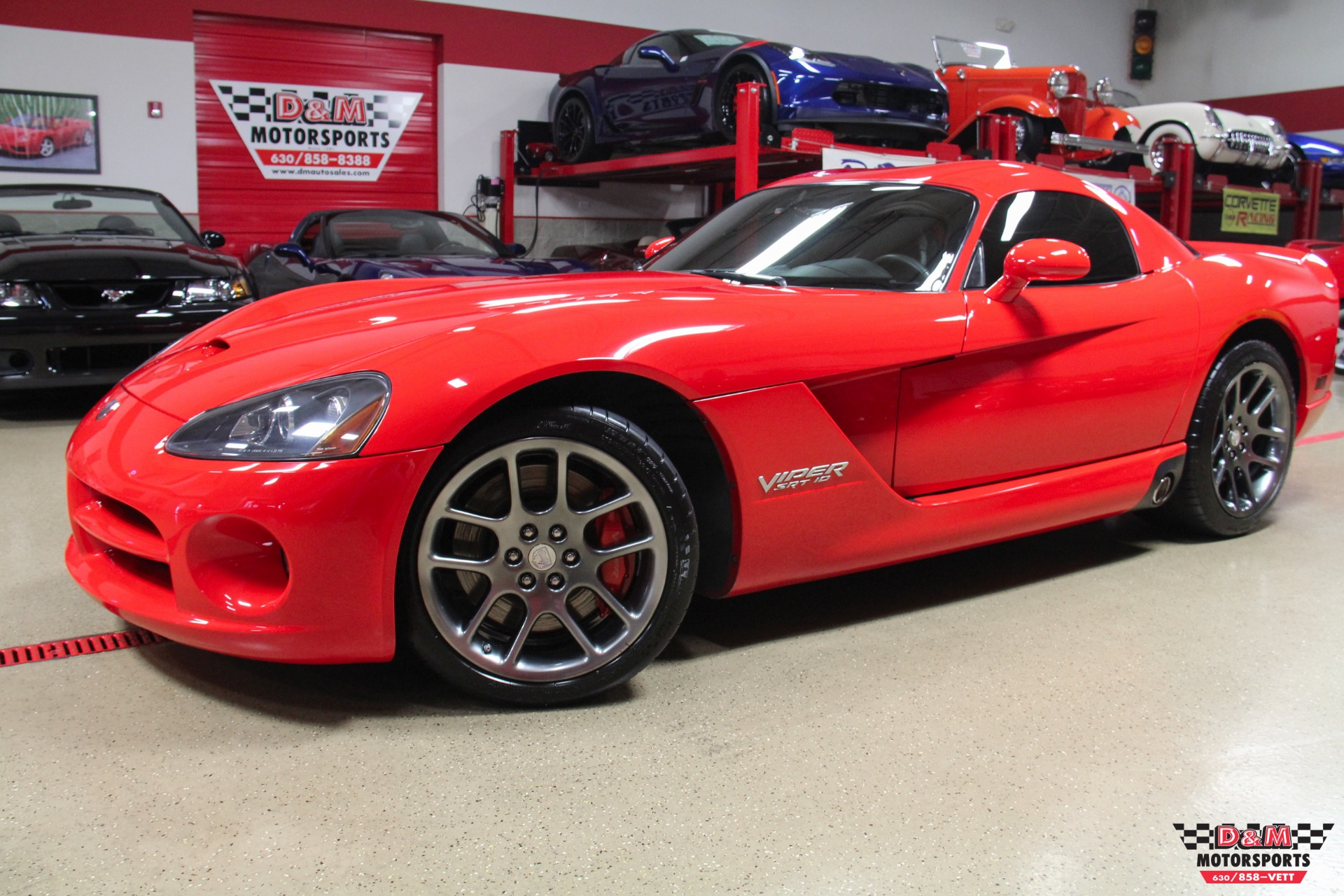 2006 dodge viper srt 10 coupe stock m6177 for sale near glen ellyn il il dodge dealer. Black Bedroom Furniture Sets. Home Design Ideas