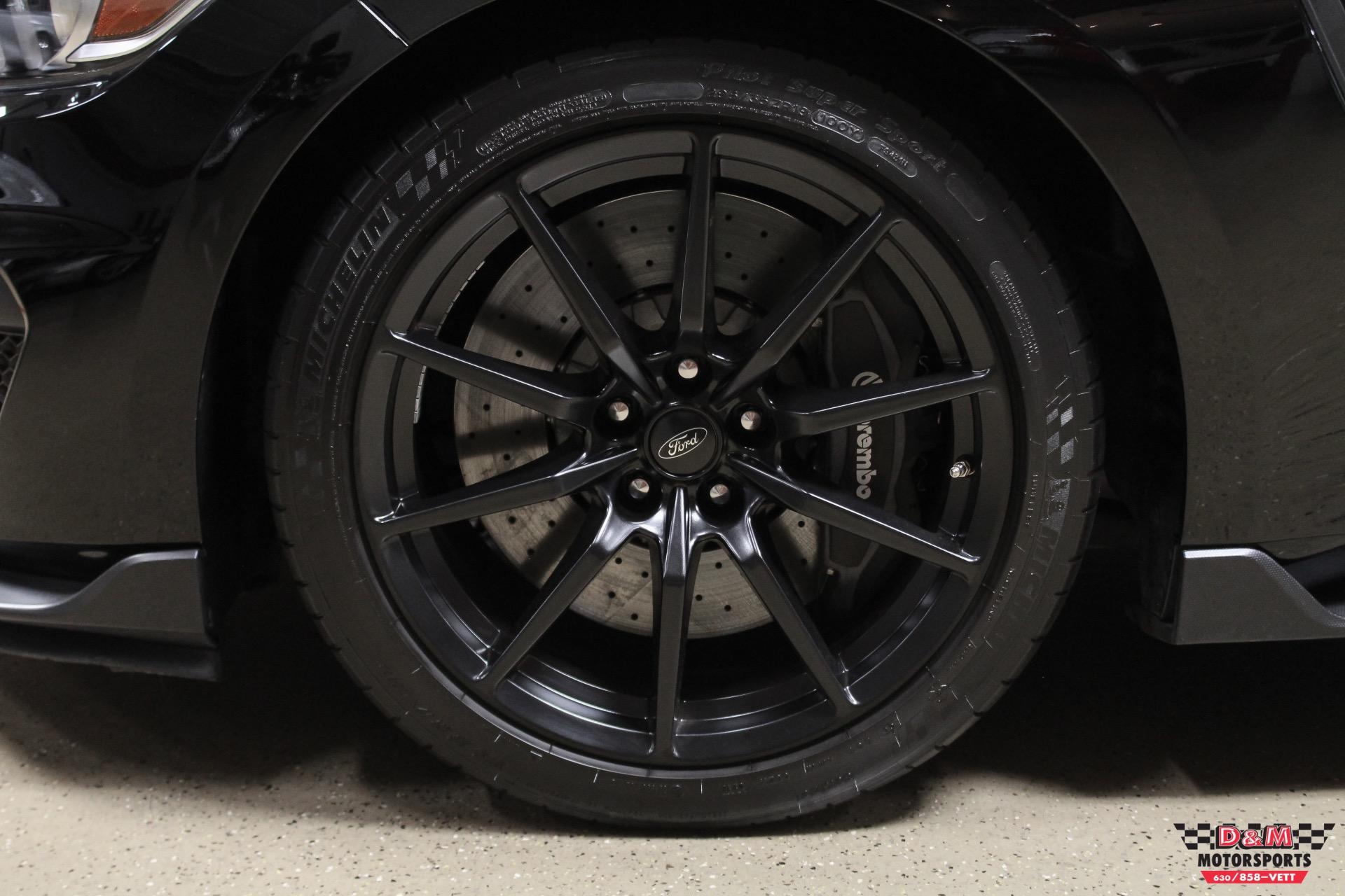 Used 2016 Ford Mustang Shelby GT350 | Glen Ellyn, IL