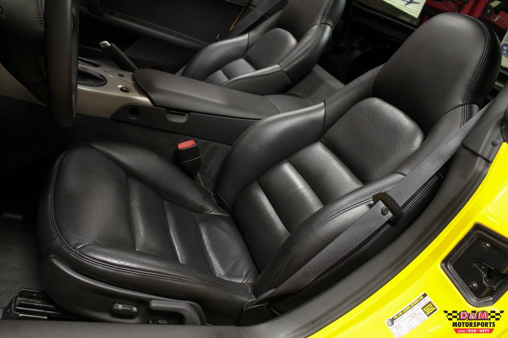 Used 2005 Chevrolet Corvette Coupe | Glen Ellyn, IL