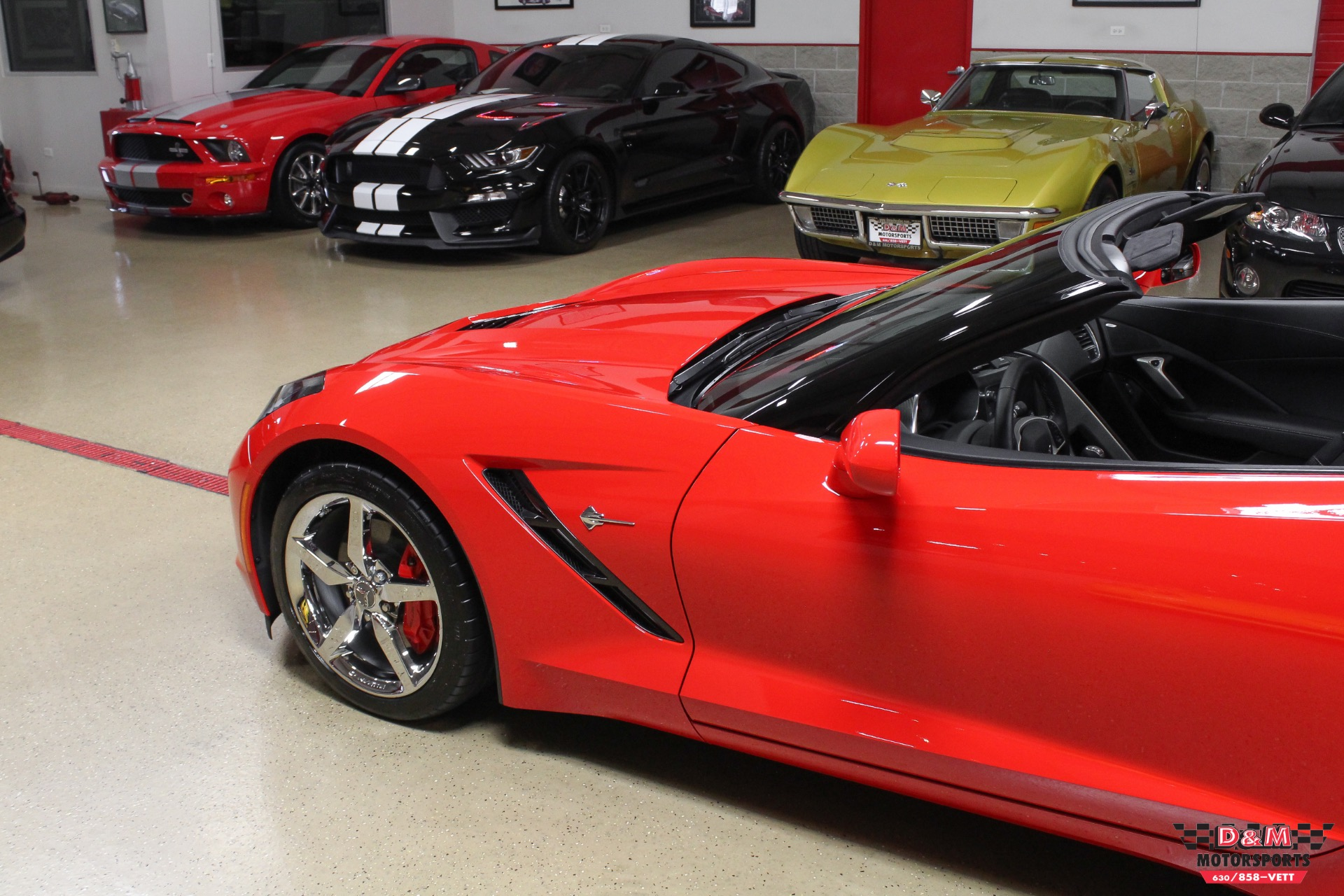 Used 2015 Chevrolet Corvette Stingray Coupe | Glen Ellyn, IL