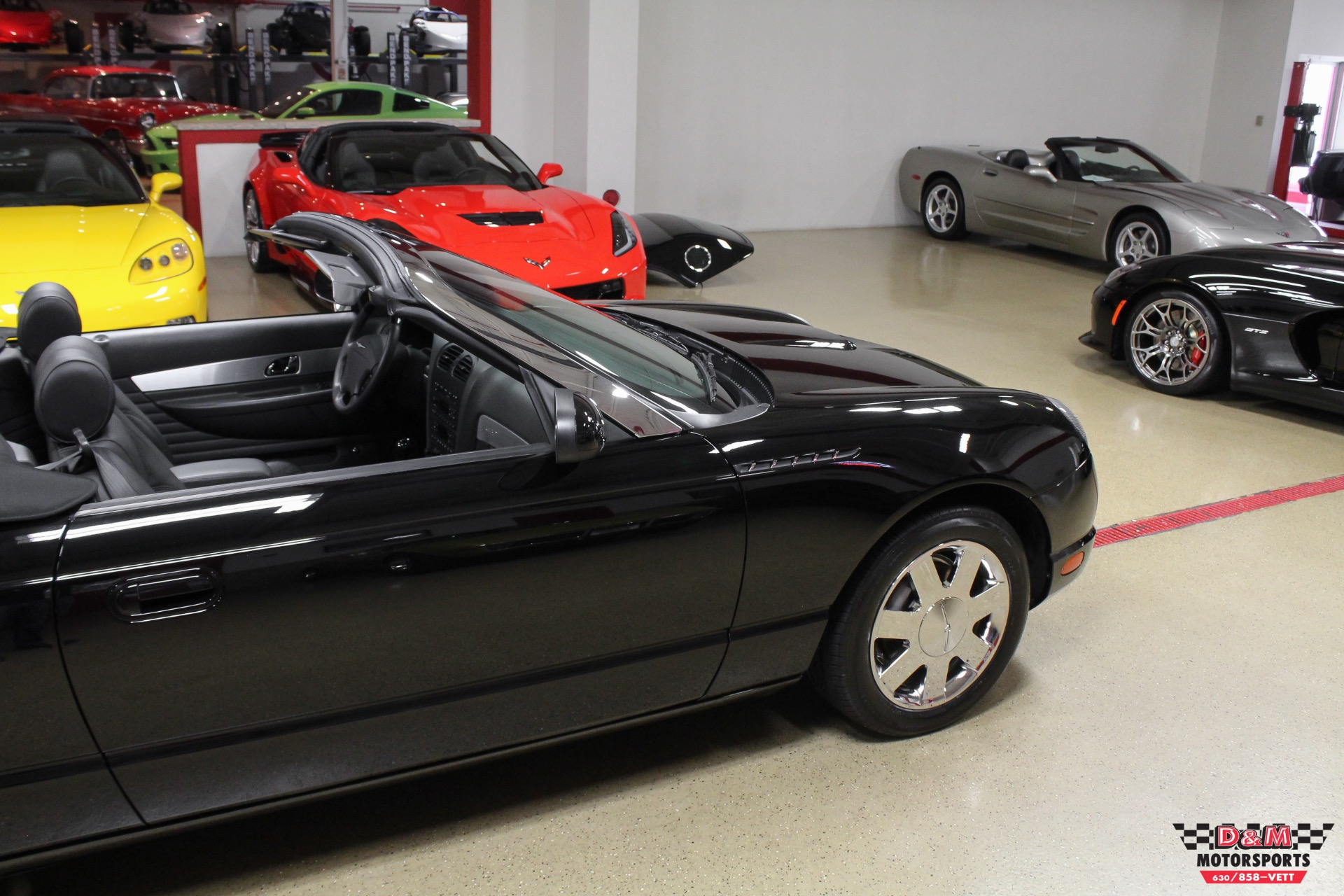 Used 2002 Ford Thunderbird Deluxe | Glen Ellyn, IL