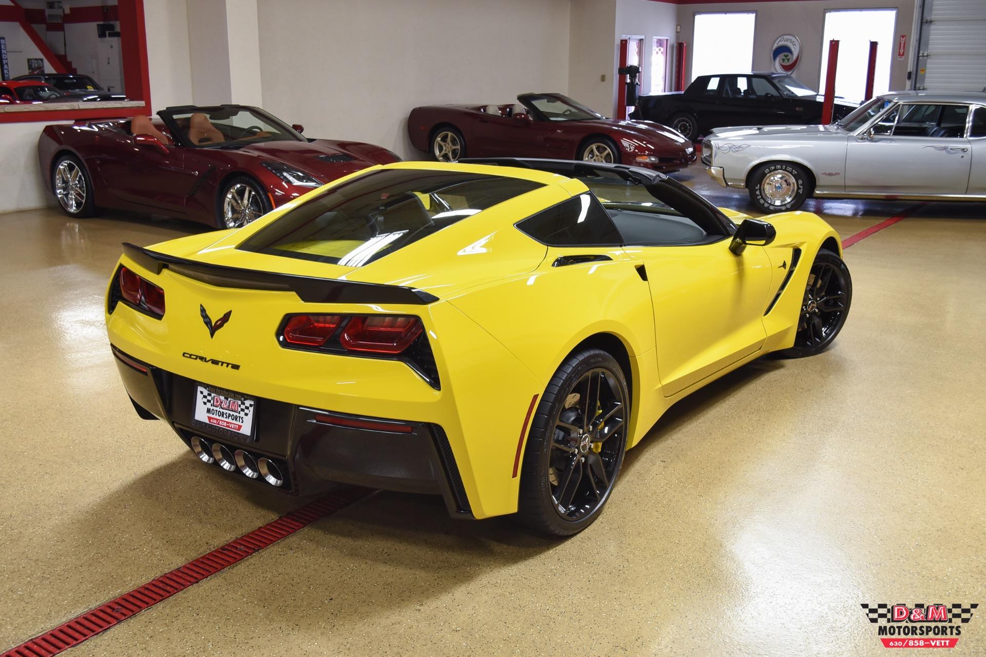 Used 2015 Chevrolet Corvette Stingray Coupe W/Z51 | Glen Ellyn, IL