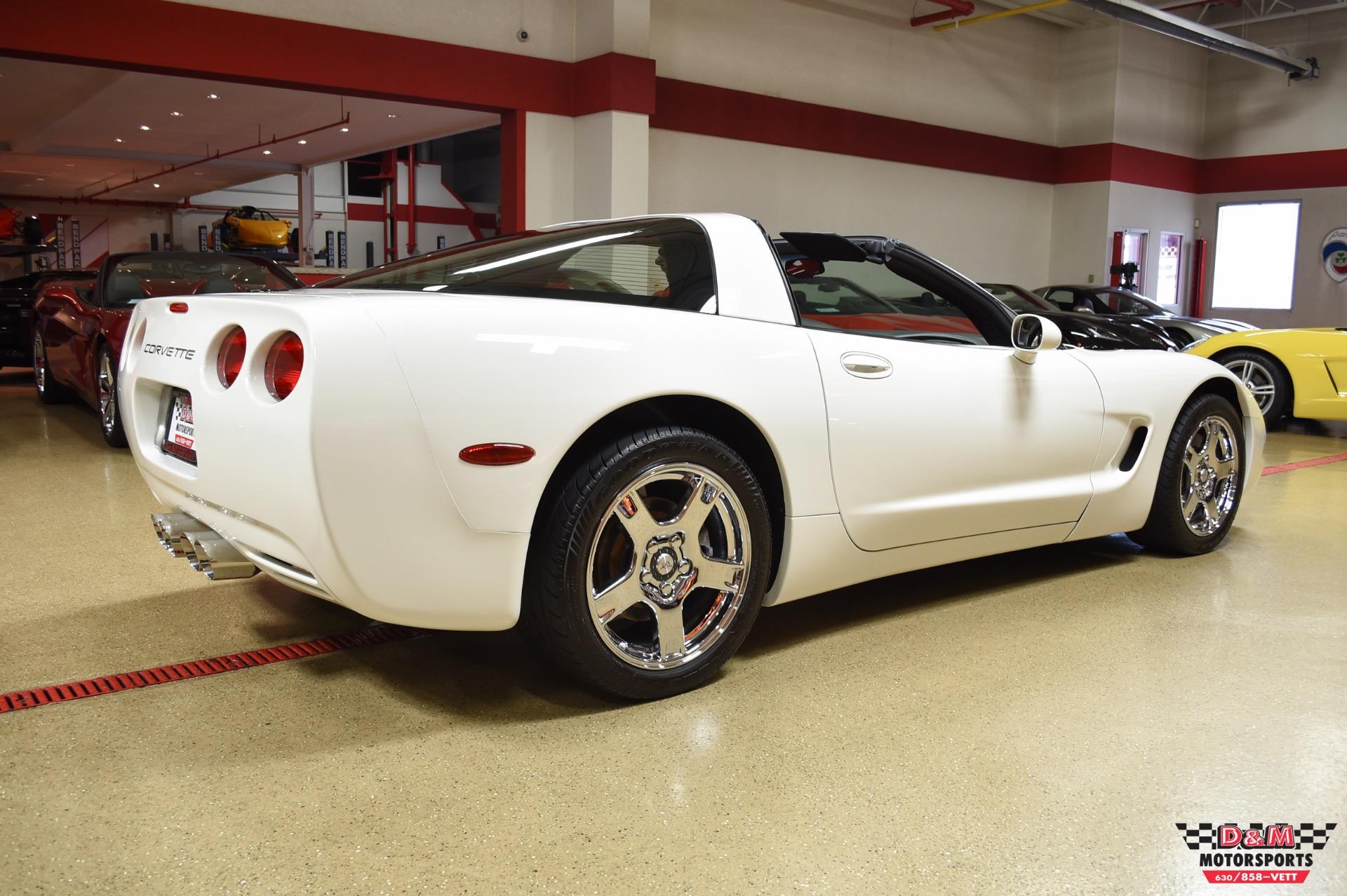Used 2001 Chevrolet Corvette Coupe | Glen Ellyn, IL