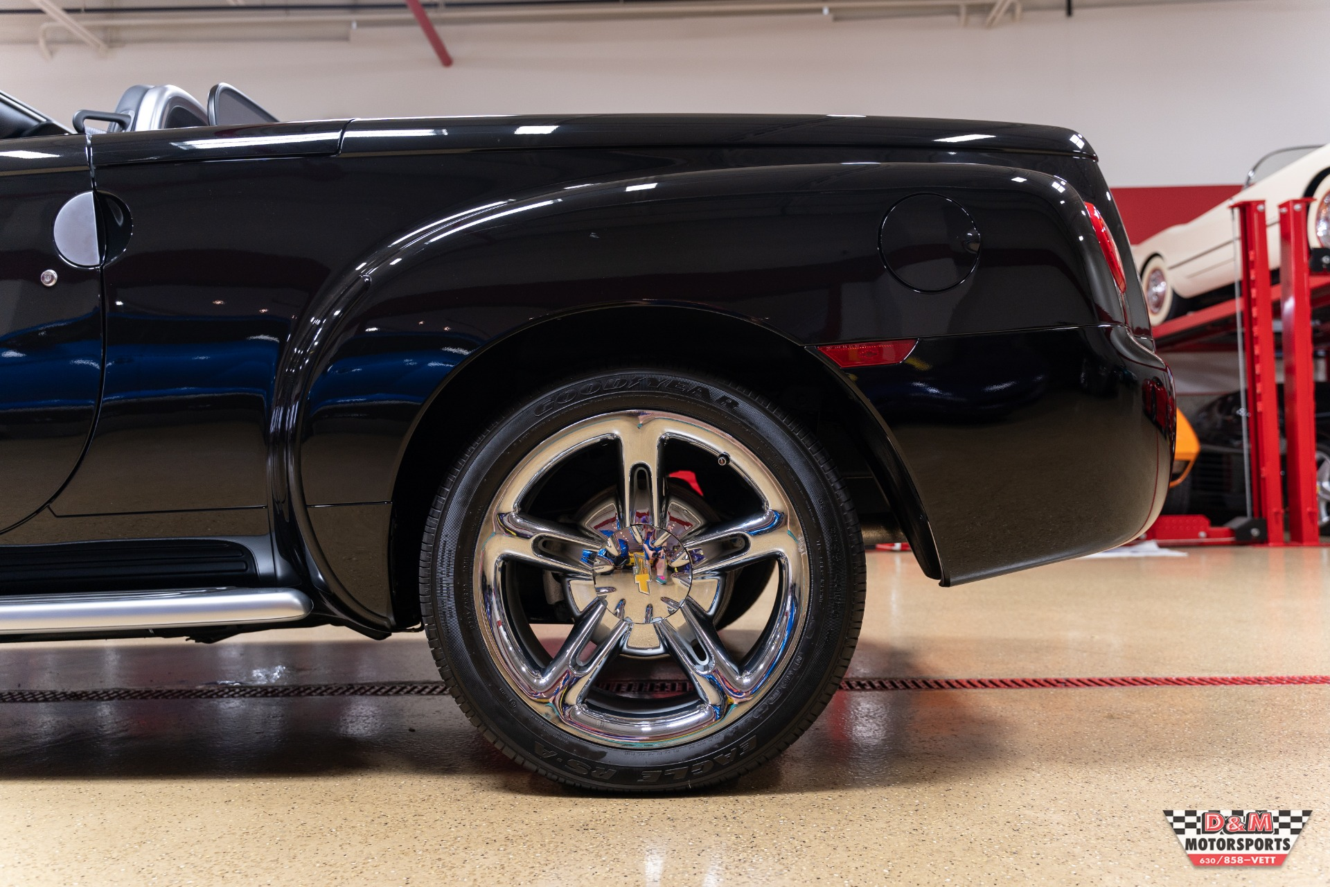 Used 2005 Chevrolet SSR LS | Glen Ellyn, IL