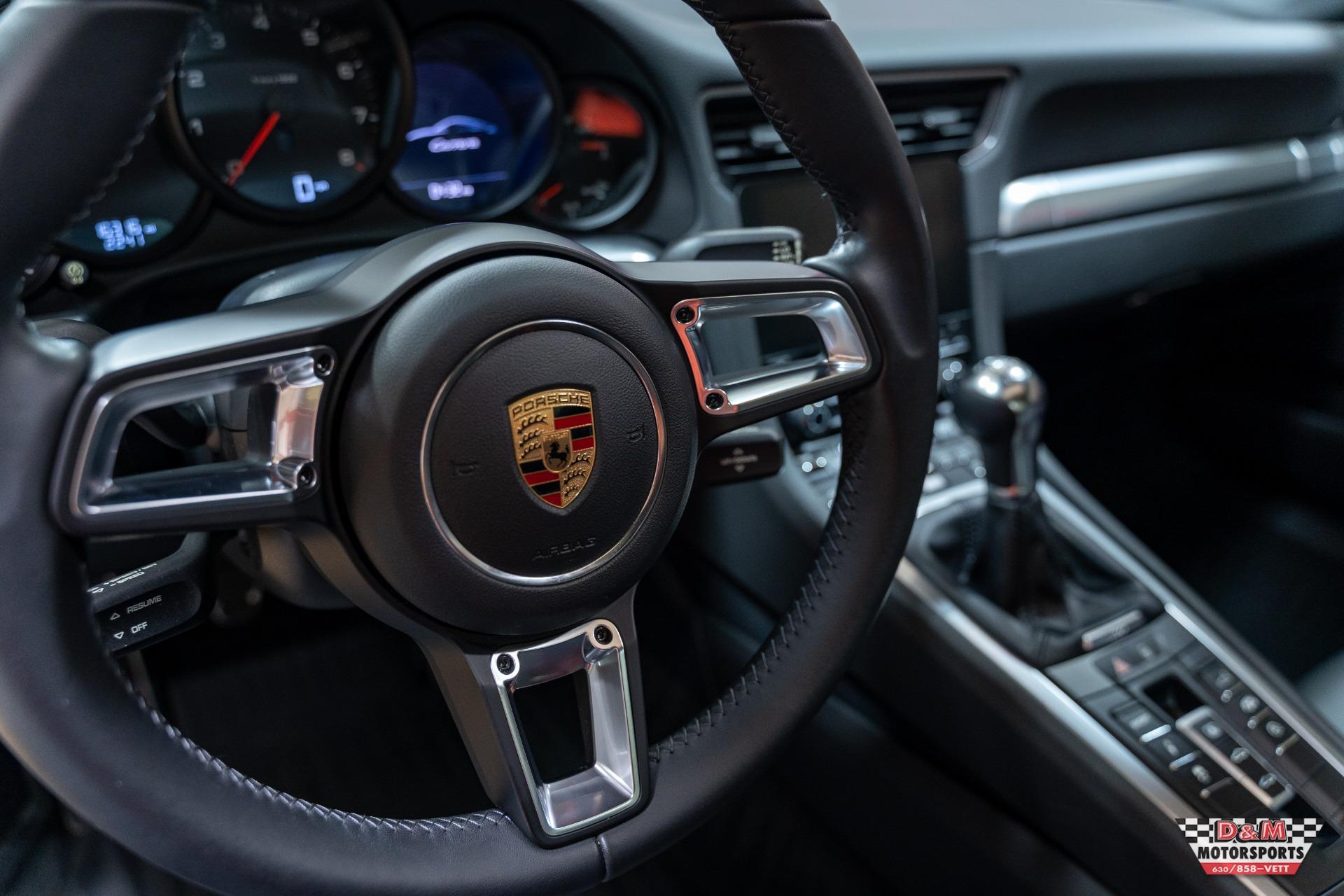 Used 2017 Porsche 911 Carrera Coupe | Glen Ellyn, IL