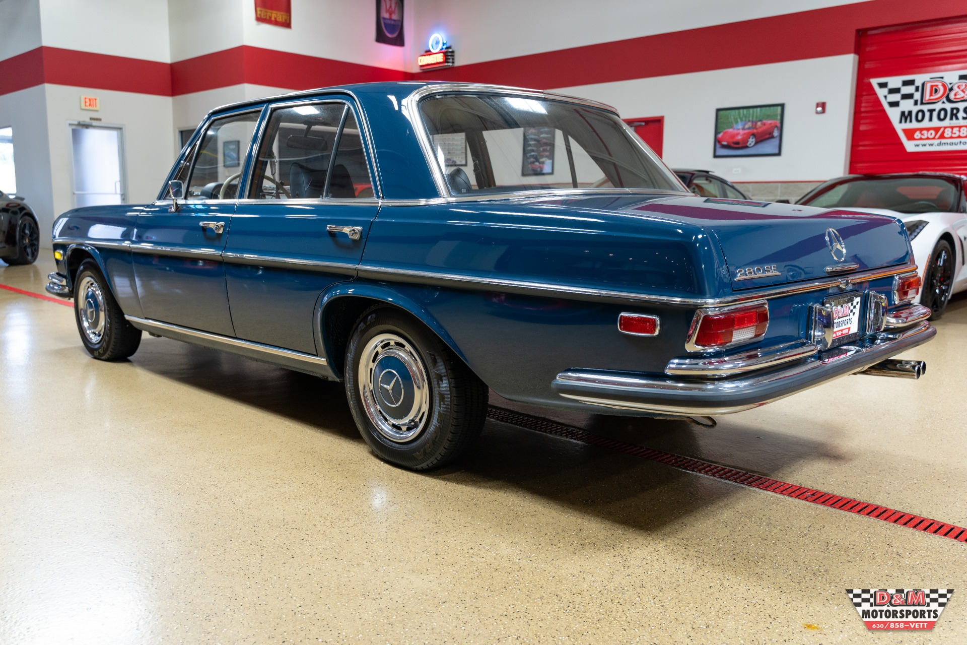 Used 1969 Mercedes-Benz 280 SE Sedan | Glen Ellyn, IL