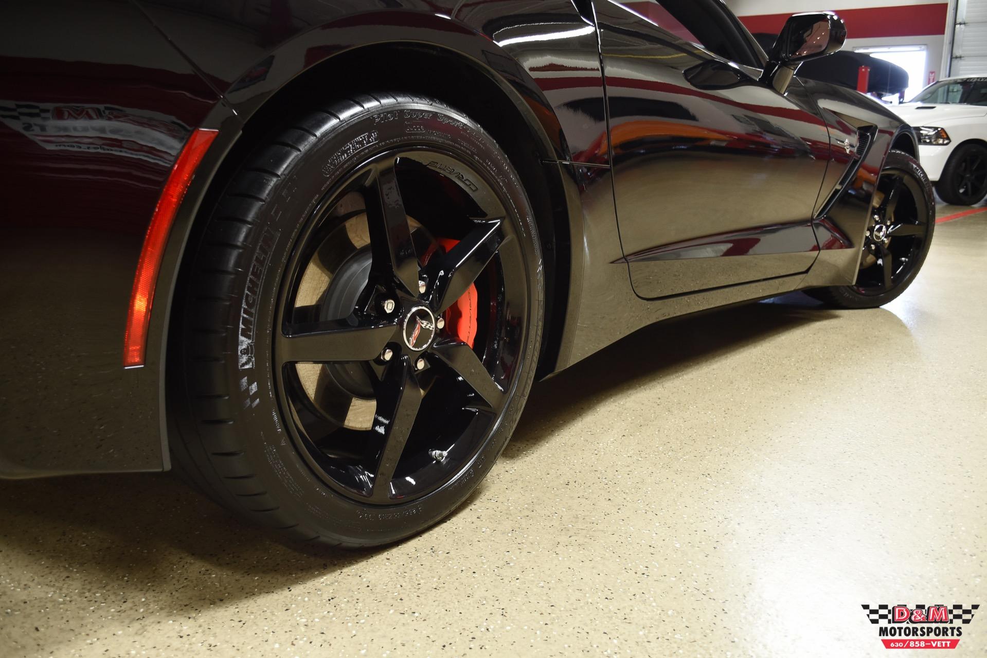 Used 2015 Chevrolet Corvette Stingray Coupe | Glen Ellyn, IL