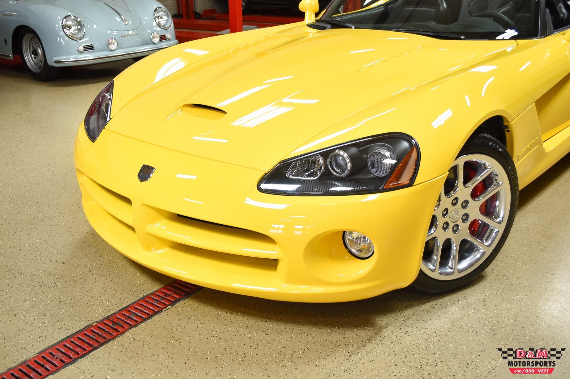 Used 2005 Dodge Viper SRT-10 Convertible | Glen Ellyn, IL