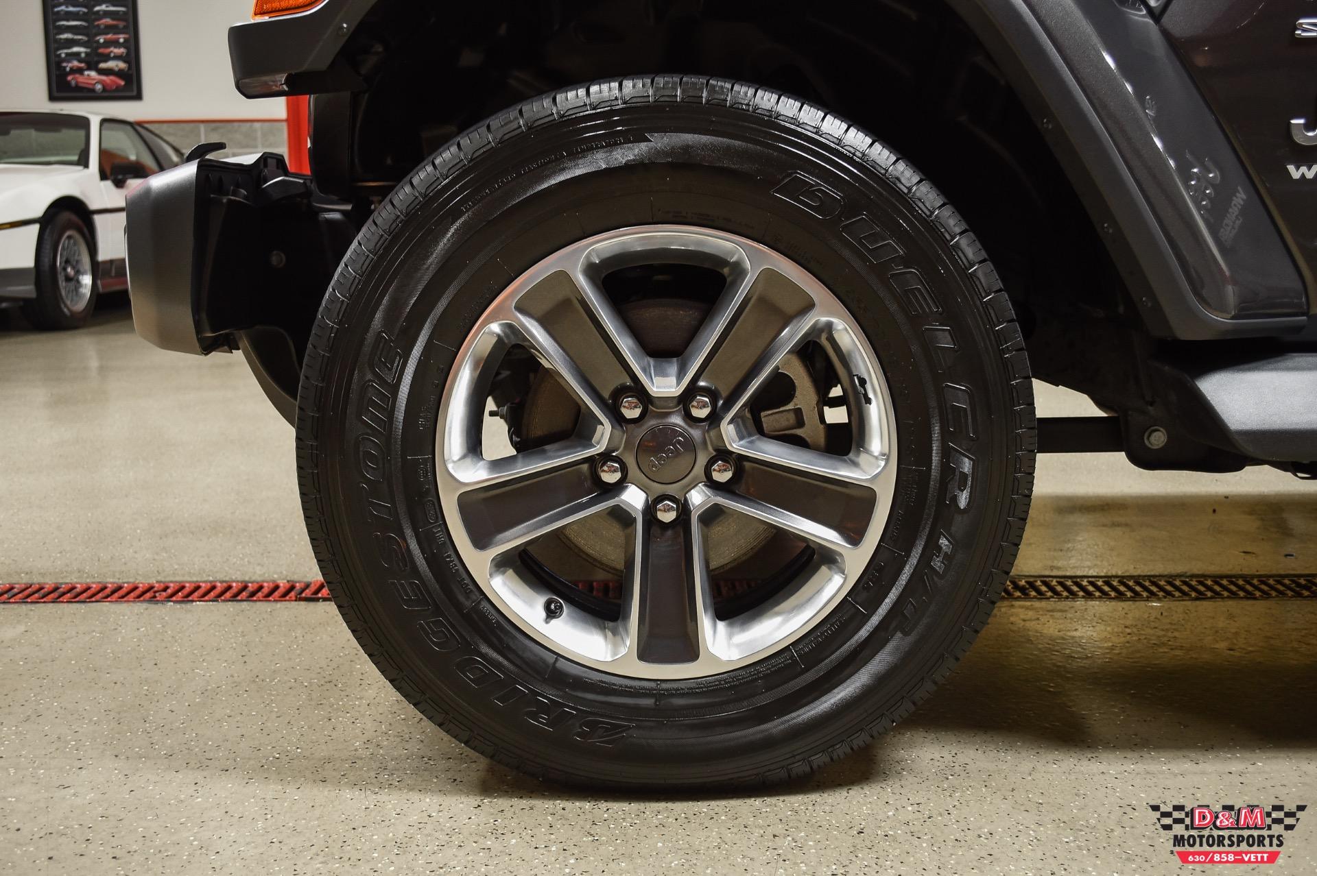 Used 2018 Jeep Wrangler Unlimited Sahara   Glen Ellyn, IL