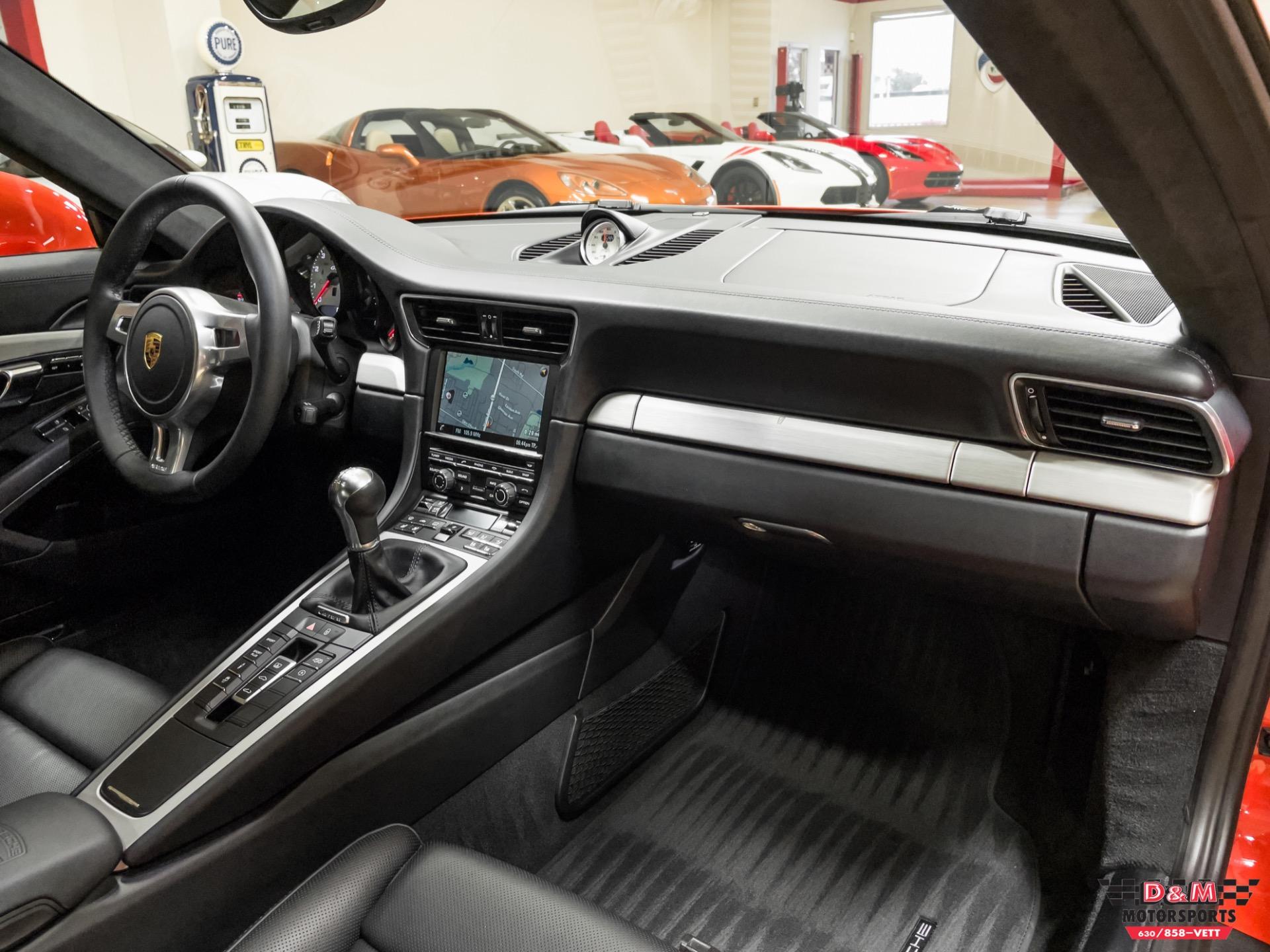 Used 2016 Porsche 911 Carrera GTS Coupe | Glen Ellyn, IL