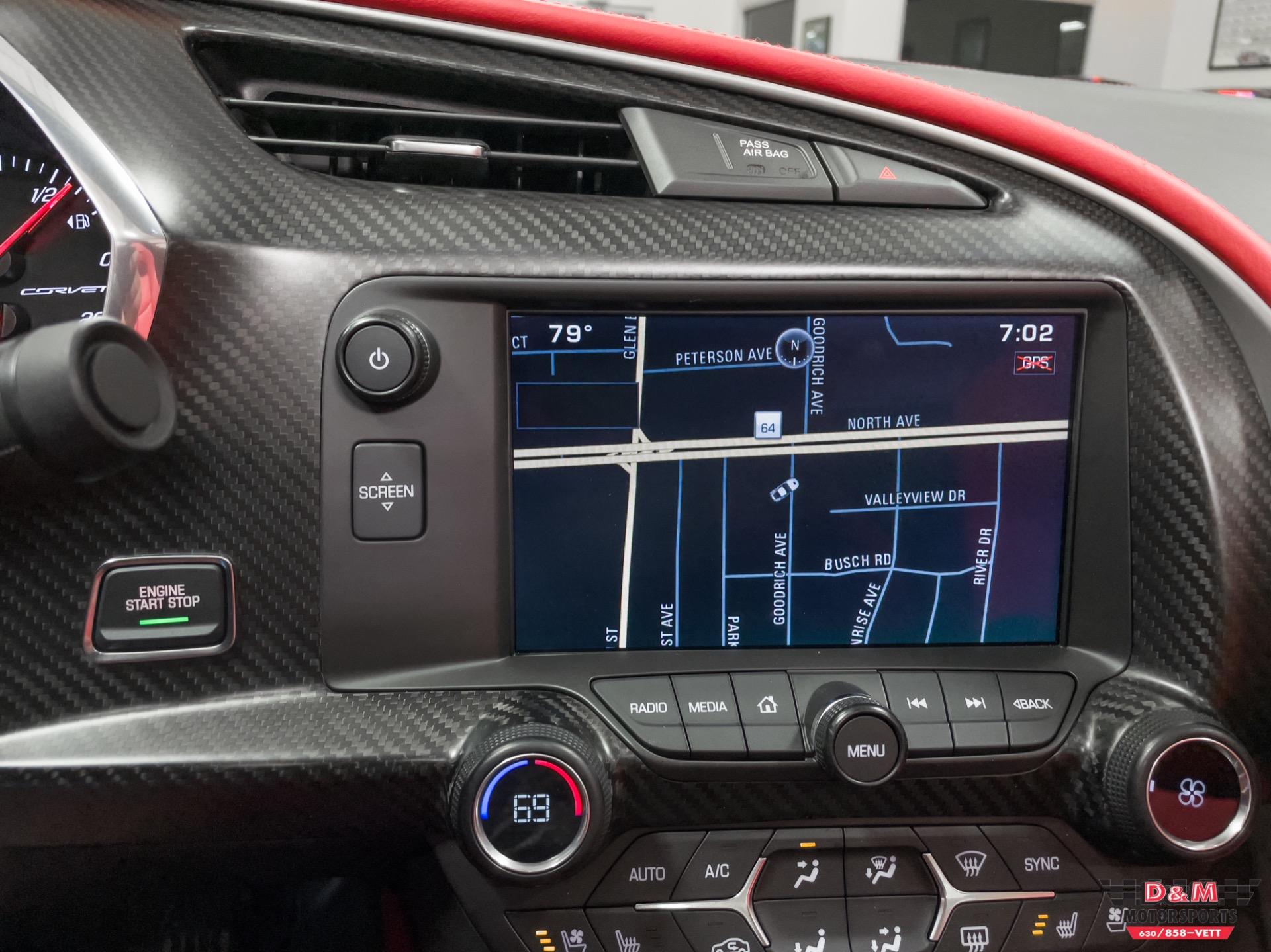 Used 2015 Chevrolet Corvette Stingray Coupe   Glen Ellyn, IL