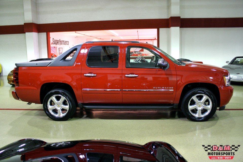 2010 chevrolet avalanche ltz stock m5173 for sale near glen ellyn il il chevrolet dealer. Black Bedroom Furniture Sets. Home Design Ideas
