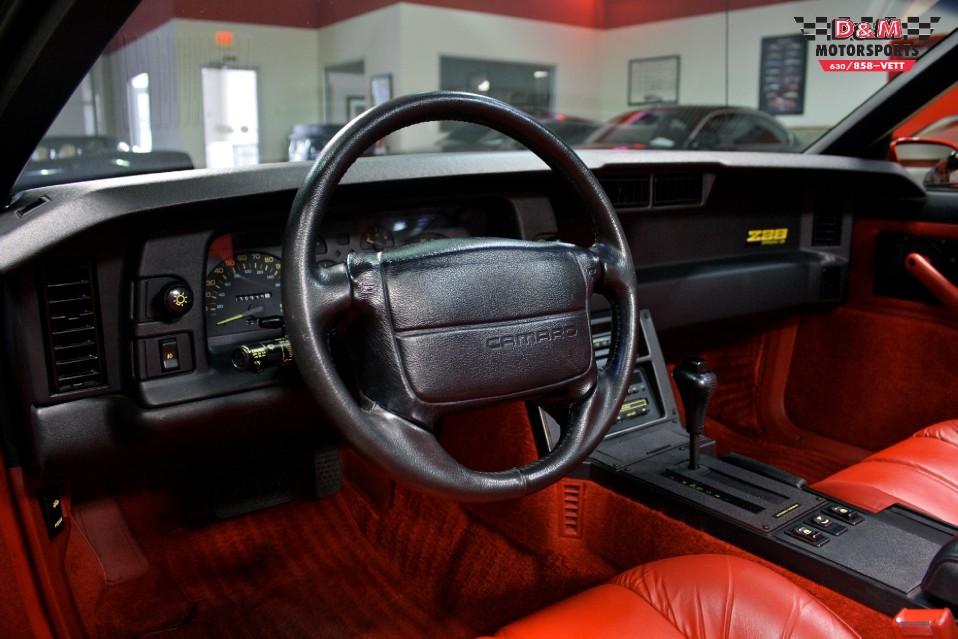 1990 chevrolet camaro iroc z convertible stock m5364 for sale near glen ellyn il il chevrolet dealer 1990 chevrolet camaro iroc z